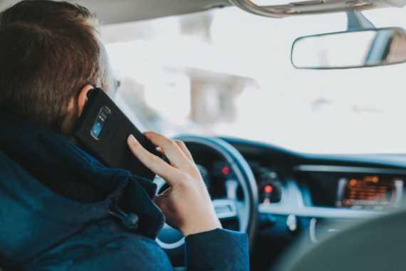 Cambiar el estilo de la ventana emergente para las llamadas entrantes en Android